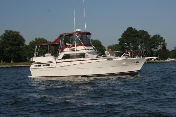1979 Viking Yachts Double Cabin Motor Yacht