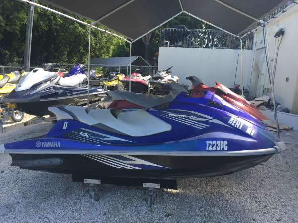 2011 yamaha vx deluxe wave runner boats for sale for Yamaha waverunner covers sale