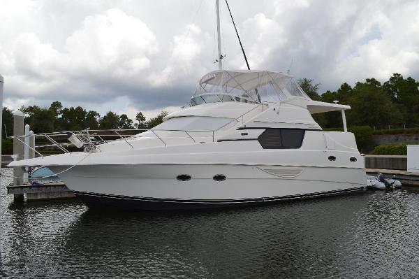 2003 Silverton 453