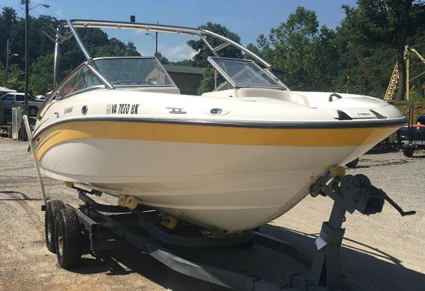 Yamaha sx210 boats for sale in virginia for Yamaha sx210 boat cover