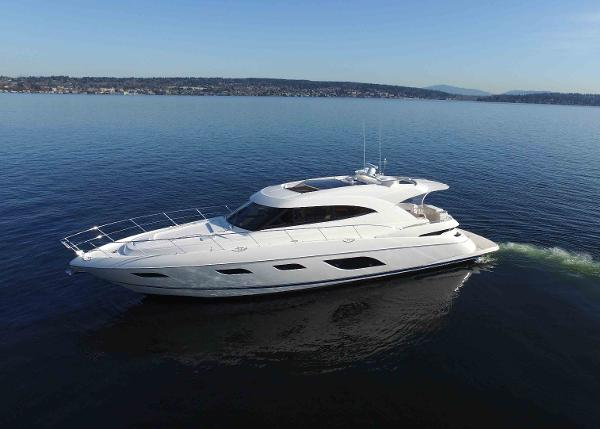 2016 Riviera Sport Yacht 6000 with IPS