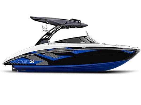 2016 Yamaha Marine 242X E-Series