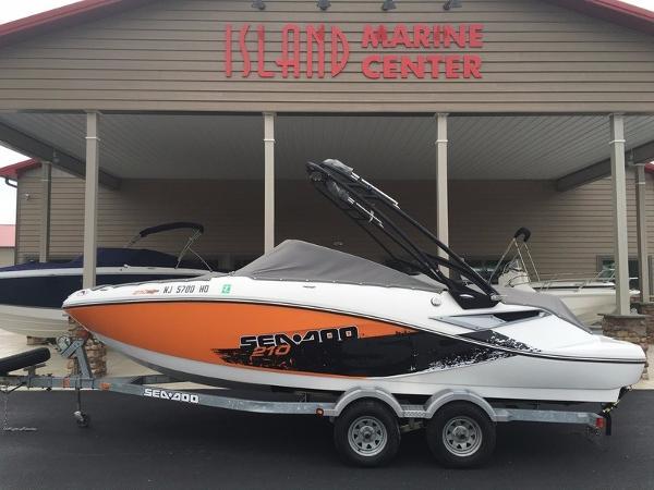 2011 Sea-Doo Sport Boats CHALLENGER 210