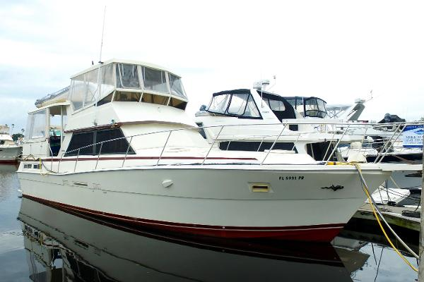 Viking yachts 44 motor yacht boats for sale for 85 viking motor yacht
