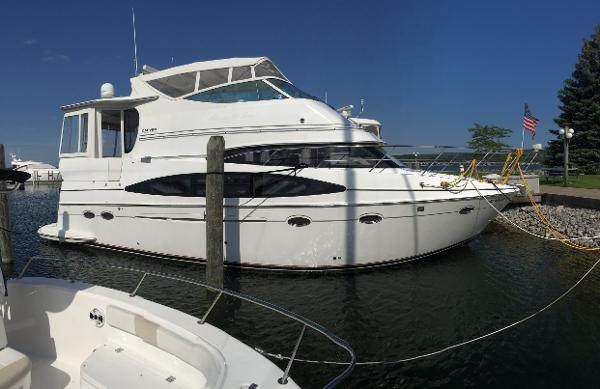 Carver 466 motor yacht boats for sale in michigan for Outboard motors for sale in michigan