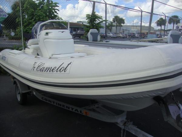 1998 NAUTICA INTERNATIONAL