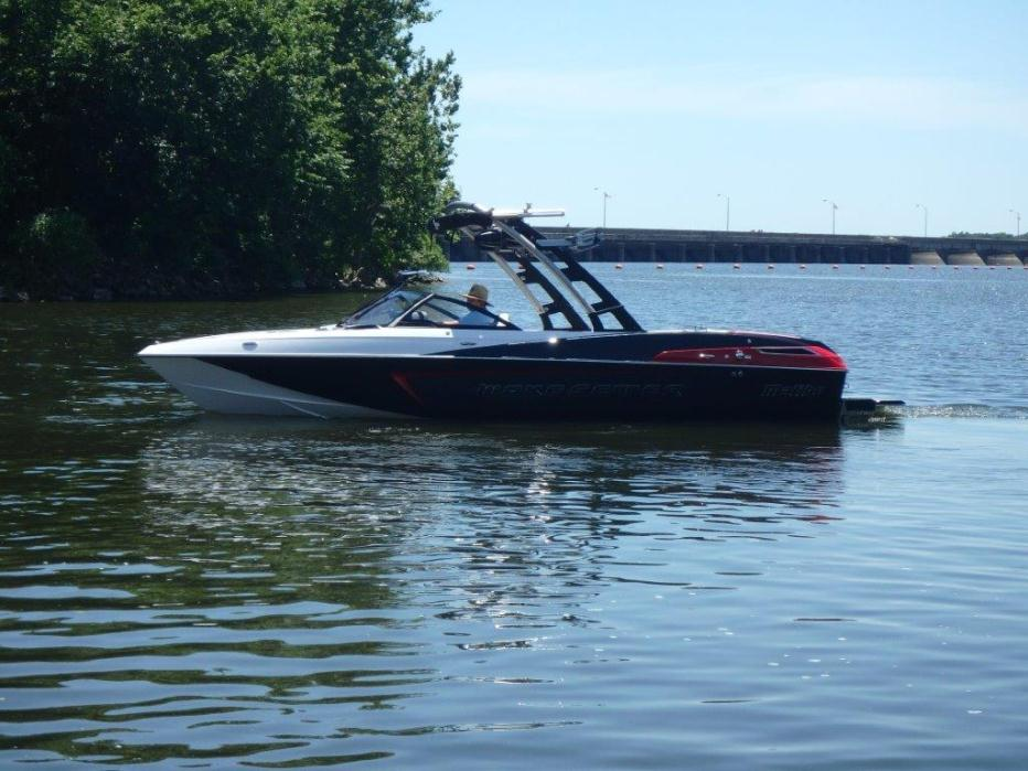 2016 Malibu Boats LLC W23LSV