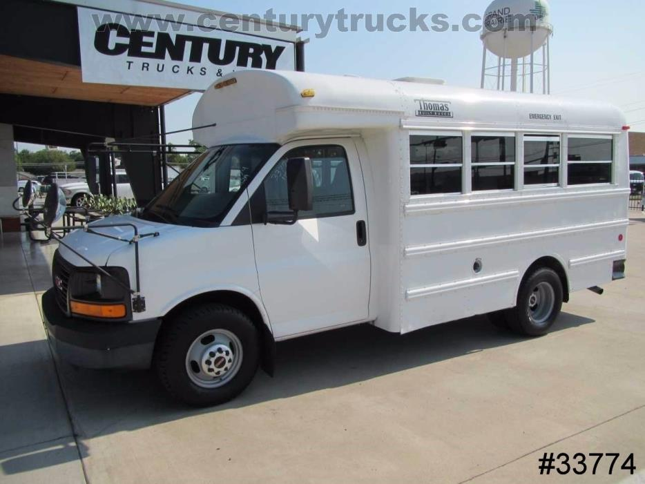 2004 Gmc Savana Cutaway  Bus