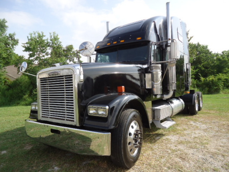2003 Freightliner Classic Xl Conventional - Sleeper Truck