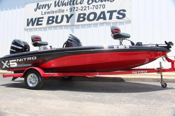 2009 Nitro X5