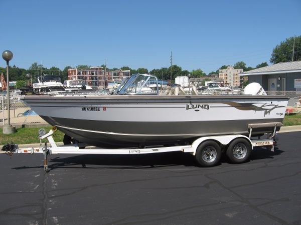 Lund Baron Magnum Boats for sale