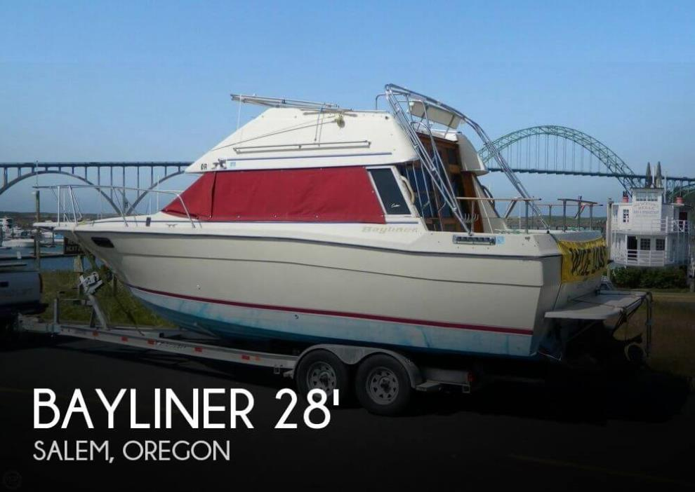 1982 Bayliner 2850 Contessa Sedan Bridge