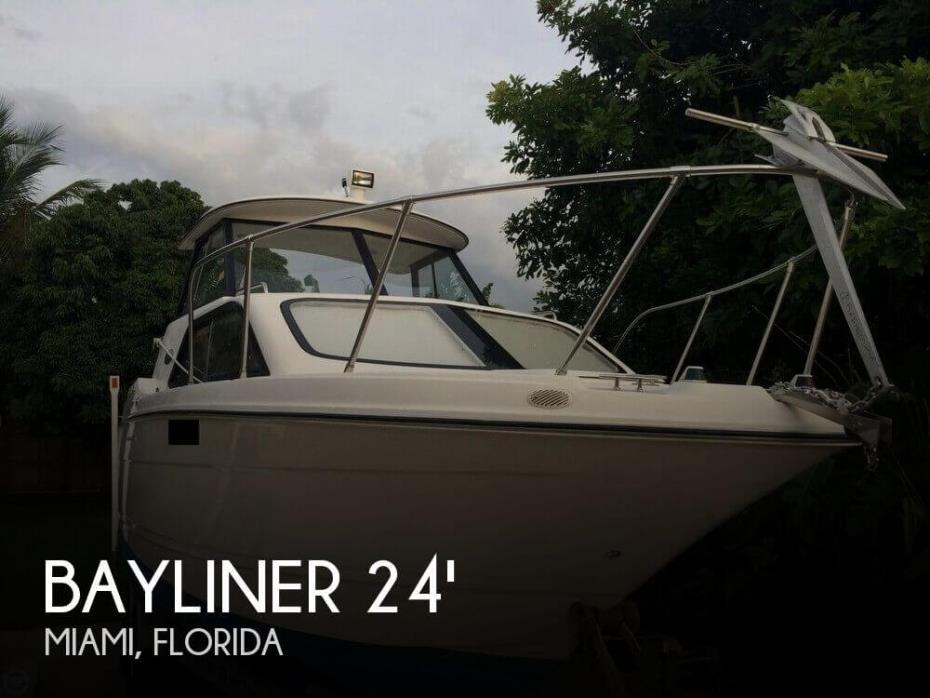 2002 Bayliner Ciera Classic 2452