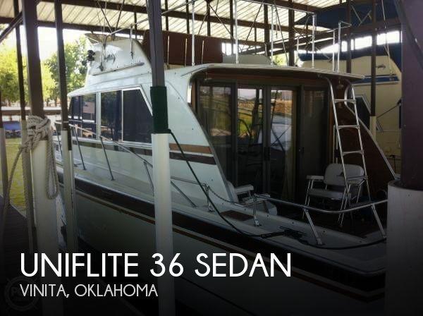 1971 Uniflite 36 Sedan