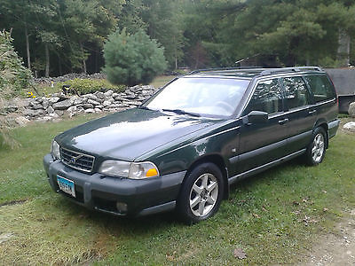 Volvo : V70 X/C AWD Wagon 4-Door 1999 volvo v 70 x c awd wagon 4 door 2.4 l