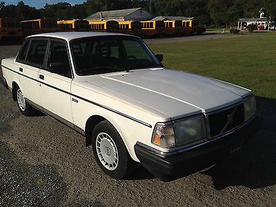 Volvo : 240 DL 1991 volvo 240 sedan white 129 k miles maryland inspected auto ac