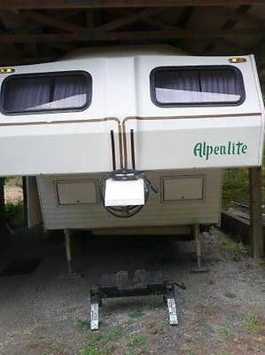 1985 Alepnlite 22' 5th Wheel