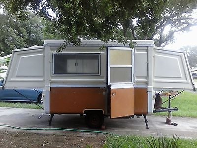 1973 Apache Mesa Hard Sided Camper Pop Up Trailer