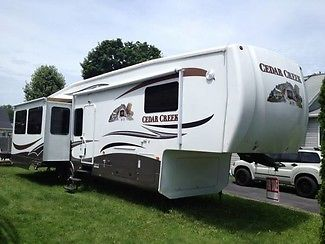 2011 Forest River Cedar Creek 36RE 39ft Fifth Wheel, 3 Slide Outs, Great Cond!