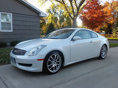 Infiniti : G35 Coupe, sports trim & rear spoiler Clean, 1 owner, high miles, premium package, 6MT