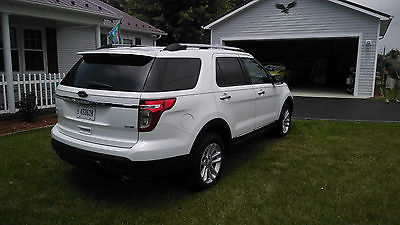 Ford : Explorer XLT Sport Utility 4-Door white/tan leather interior, low mileage, immaculate condition,new Michelin tires