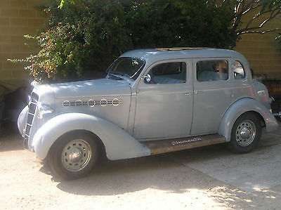 Plymouth : Other deluxe 1935 plymouth 4 dr trunk back sedan
