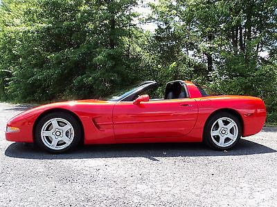 Chevrolet : Corvette C5 Coupe*Red/Blk*Auto*29k*Warranty*Must See*$21500 99 c 5 red corvette coupe 29 k orig miles auto pristine warranty 21500 offer
