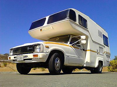 1981 Toyota Sunrader RV camper - 1 ton