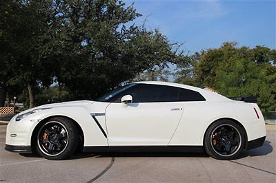 Nissan : GT-R 2dr Coupe Black Edition Nissan GT-R 2dr Coupe Black Edition Low Miles Automatic Gasoline 3.8L V6 Cyl BLA