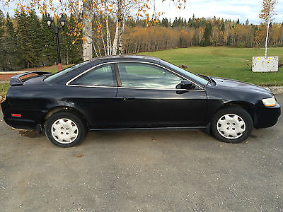 Honda : Accord LX Coupe 2-Door 2000 honda accord lx coupe 2 door 2.3 l black 5 speed manual make offer