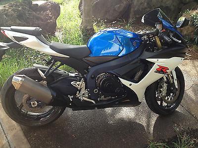 Suzuki : GSX-R *Almost NEW!! 2011 GSXR 750 - Suzuki