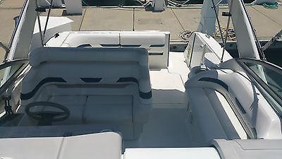 Formula 31 Cabin Performance Cruiser Boat
