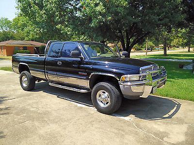 Dodge : Ram 2500 SLT Black,Quad Cab,Towing Pkg,24V Diesel,Auto,4X4, 30gal Aux Fuel,Leather,Exc Cond,