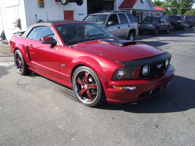 Ford : Mustang 2dr Conv GT 2005 ford gt mustang one owner
