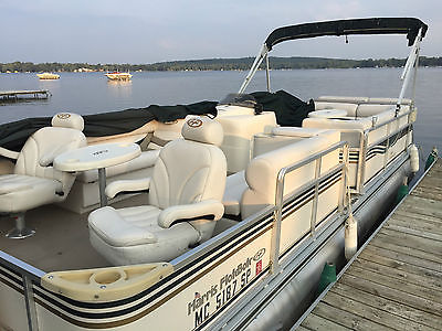 2004 Harris Flotebote Super Sunliner 230 LX w/ Yamaha 60 HP 4 Stroke GREAT!!