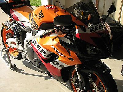 Honda : CBR 2007 honda cbr 100 rr repsol edition