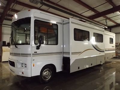 2004 WINNEBAGO SIGHTSEER 35FT CLASS A MOTORHOME 2 SLIDES*FINANCING AVALIABLE