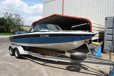 1997 Sport Nautique 21' Open Bow, Blue/White/Grey 351W inboard