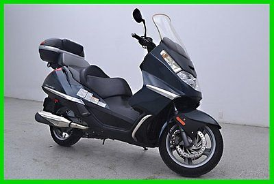 Other Makes : Atlantic 500 Motorcycle Sport 2004 aprilia atlantic 500 sport with cargo trunk only 5500 miles