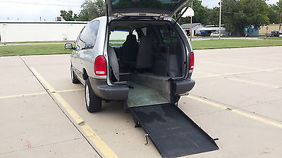 Plymouth : Voyager SE Wheelchair/Handicap '00 Plymouth Voyager Rear-Entry 97k Clean Title