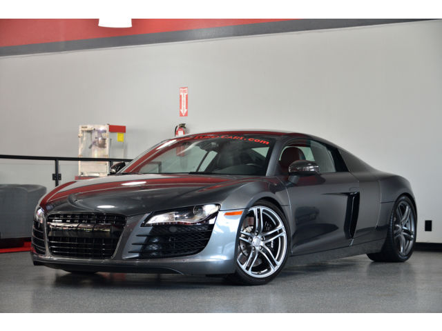 Audi : R8 2dr Cpe Auto Beautiful condition with Custom exhaust