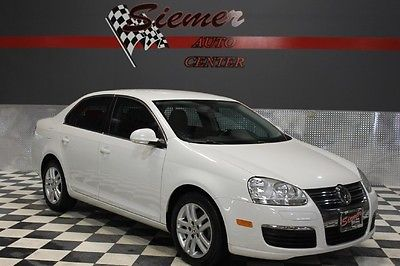 Volkswagen : Jetta TDI white, diesel, tan leather