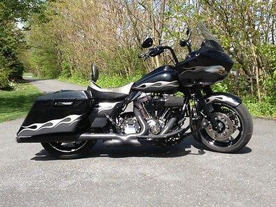 Harley-Davidson : Touring 2011 harley davidson custom bagger