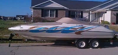 2001 Sea Ray Sundeck 210-LOW HOURS in Central Illinois