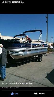 2012 Suntracker Fishing Barg Pontoon