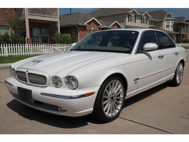 Jaguar : XJ 4dr Sdn XJR 2004 jaguar xjr super charged low miles clean title