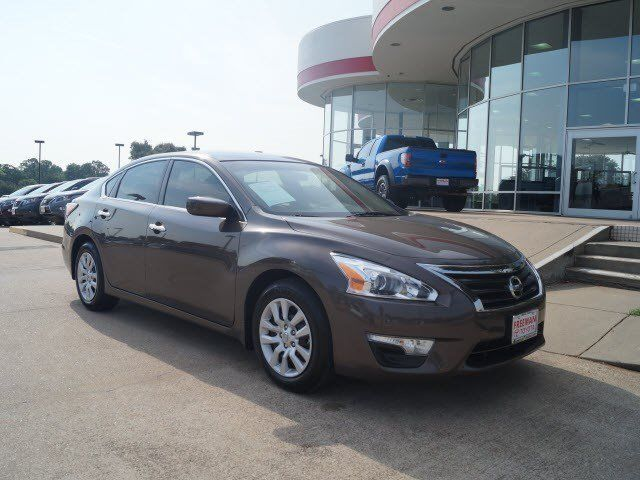 Nissan : Altima 2.5 S 2.5 s 2.5 l crumple zones front and rear security remote anti theft alarm system