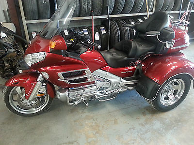 Honda : Gold Wing MOTOR TRIKE CONVERSION KIT , GARAGE KEPT , VERY NICE AND CLEAN