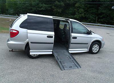 Dodge : Grand Caravan SE Mini Passenger Van 4-Door 2006 dodge caravan handicap wheelchair van 51 323 mi clean carfax