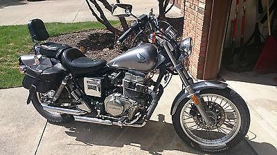 Honda : Rebel Grey 1986 Honda Rebel 450 CC Motorcycle With Custom Pipes